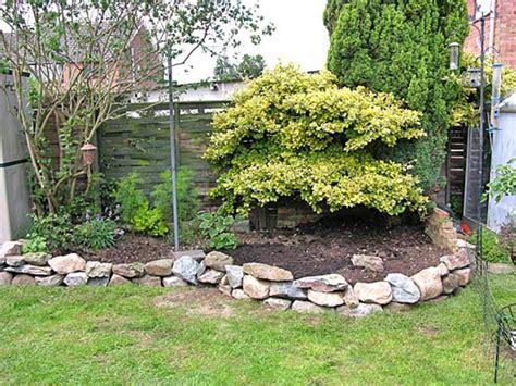 10 ideas con piedras para el jardín
