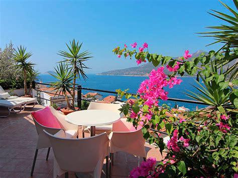 10 plantas ideales para jardines y terrazas junto al mar ...