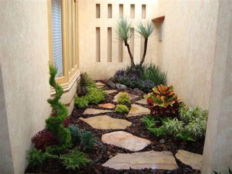 10 propuestas de jardines pequeños y encantadores | Patios ...
