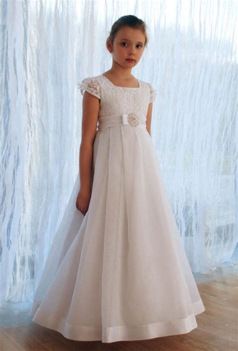1000+ ideas about Communion Dresses on Pinterest   First ...