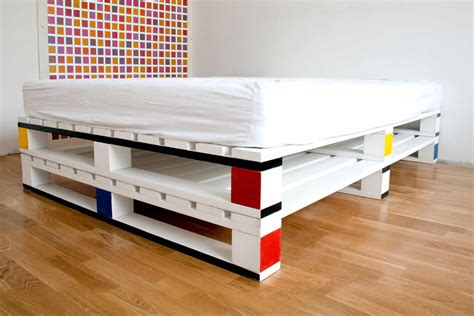 12 camas hechas con palets que te encantaría tener