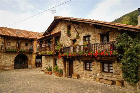 14 pueblos con encanto de España en los que perderse