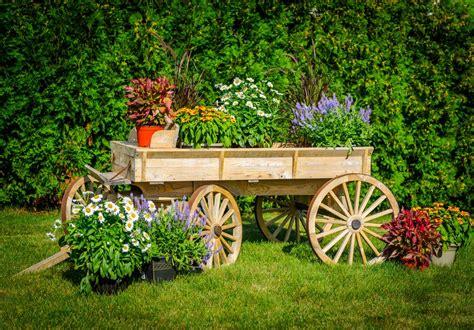 14 Rustic Garden Wagon Ideas For A Country Garden   Garden ...