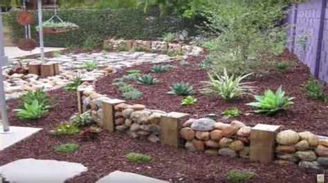 16 hermosas ideas para decorar tu jardín con piedras ...