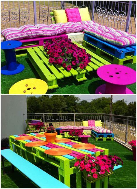 20 fantásticas ideas para decorar tu jardín con objetos ...
