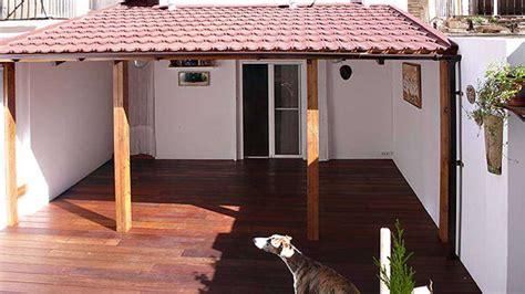 5 ideas para disfrutar de un porche de madera en verano