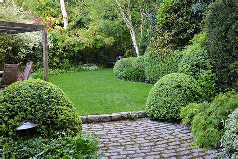 5 ideas para plantear y decorar jardines pequeños