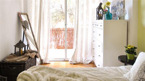 8 ideas para decorar un dormitorio pequeño y acogedor