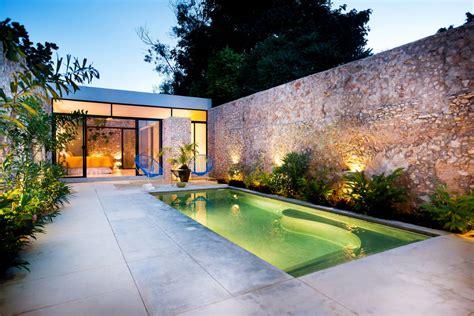 9 ideas para iluminar patios modernos