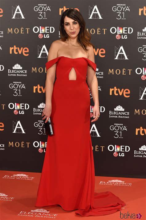 Alicia Rubio en la alfombra roja de los Premios Goya 2017 ...