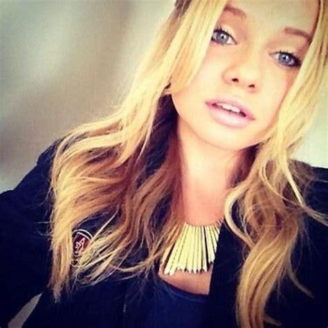 Alli on Twitter:  Selfie  white girl voice  Hashtag ...