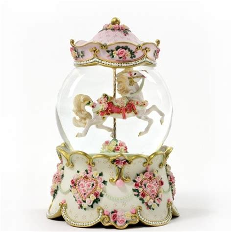 Amazon.com: Hearts and Roses   Water Globe: Furniture ...