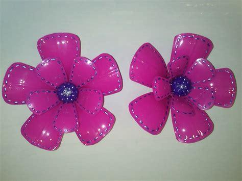 Arte y Manualidades Tellez: Reciclado, flores recicladas