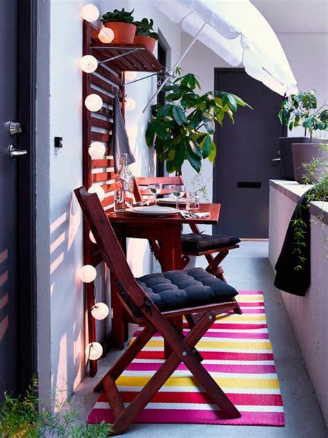Balcones y terrazas pequeñas con mucho  mucho  encanto ...