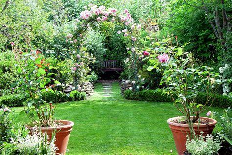 Beautiful home gardens   Prime Home Design: Beautiful home ...