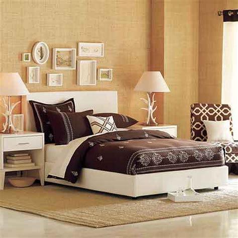 Bedroom Decorating Ideas   Freshome.com