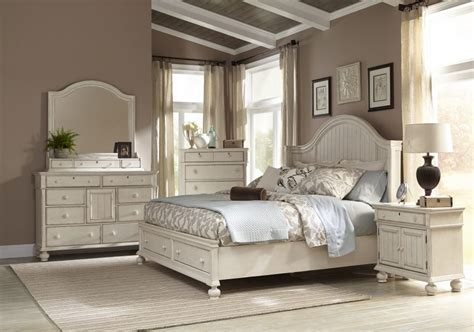 Bedroom Decorating Ideas White Furniture Gallery Image ...