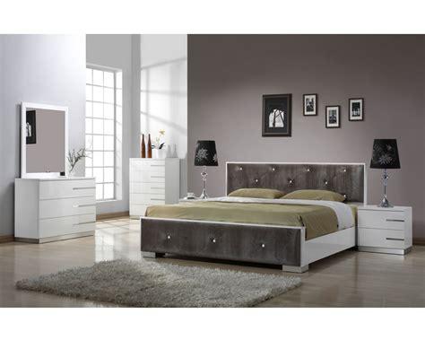 Bedroom Furniture Sets Modern | Raya Furniture