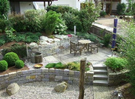 Bella decoracion de jardines rusticos con ladrillo y ...