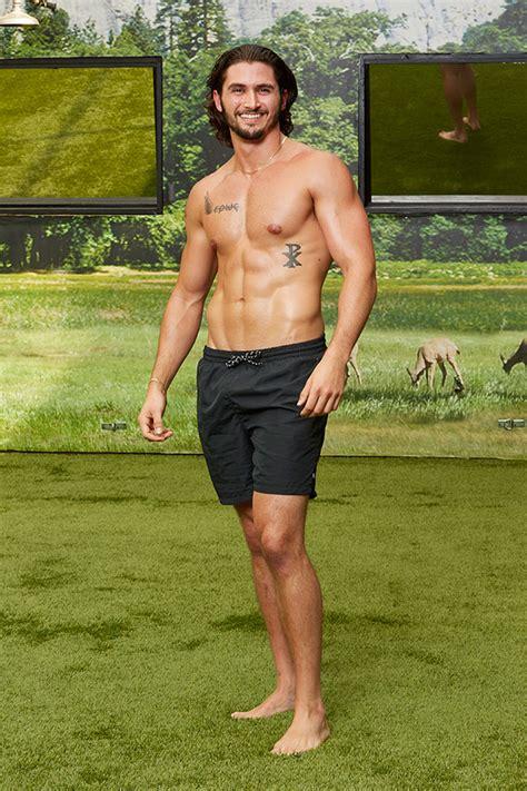 Big Brother 18 Backyard Swimsuit Pics