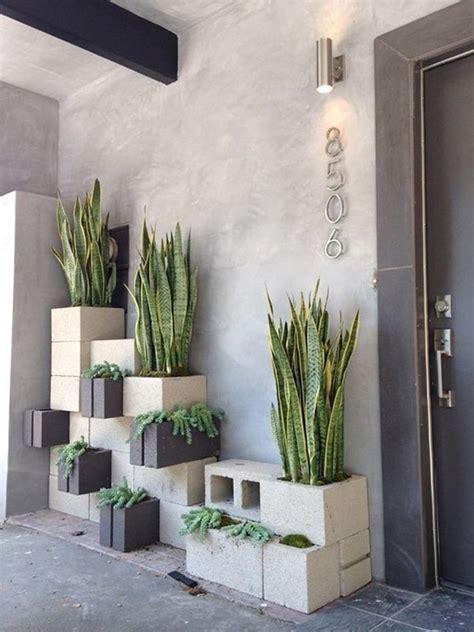 Bloques de cemento para decorar exteriores. Muebles con ...