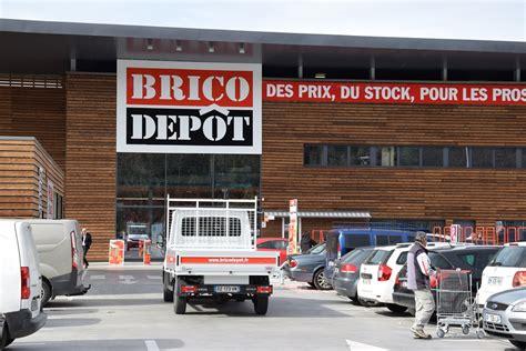 Brico dépôt : deux zones