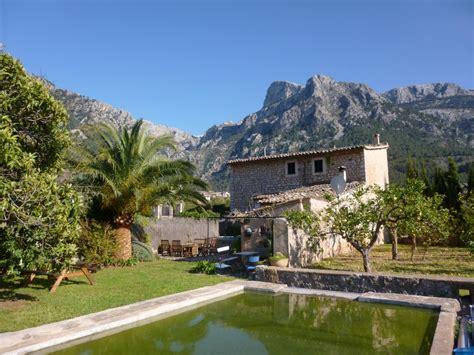 Casa de campo con jardín y vistas maravillosas, cerca del ...
