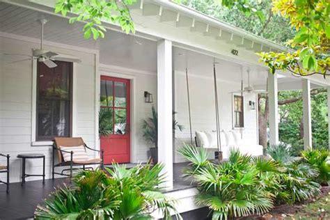 Casa de campo de estilo rústico contemporáneo