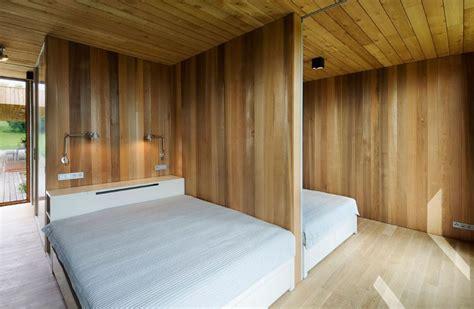 Casa de un piso y dos dormitorios, presenta modernos ...