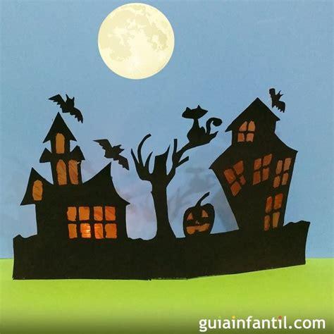 Casa encantada para Halloween. Manualidades con cartulina