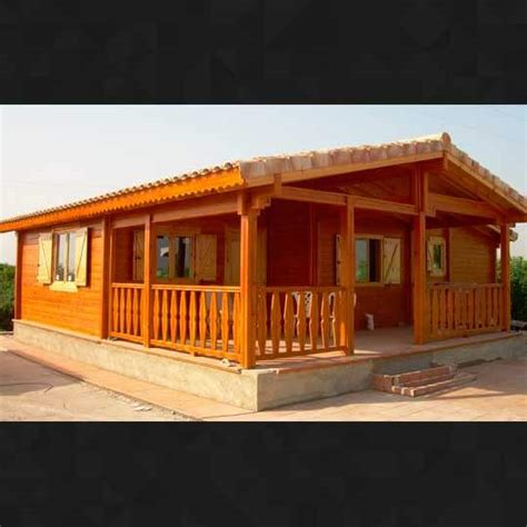 Casas Con Porches. Casa Rural Con Porche De Madera ...