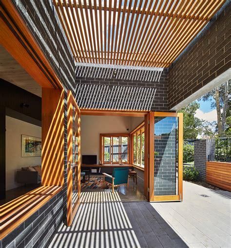 Casas moderna un piso con ladrillo | Construye Hogar