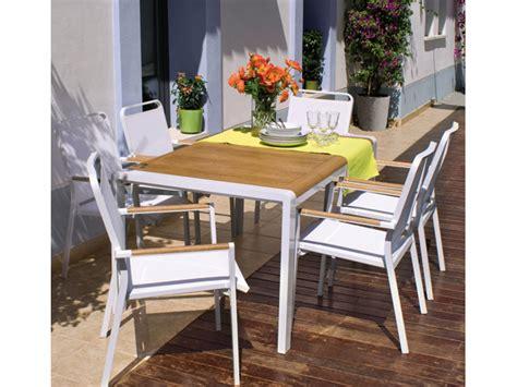 Catálogo Muebles Carrefour Jardin 2013: Mesas sillas y ...