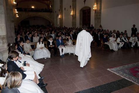 Celebración de la Primera Comunión   Colegio Calasanz ...