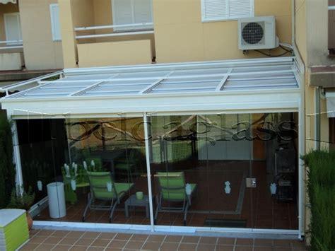 Cerramiento de terraza compuesto de techo movil deslizante ...