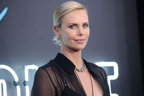 Charlize Theron Admits to Being a Pot Smoker | PEOPLE.com