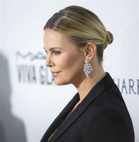 Charlize Theron Jokes About Being 'Fat' After 35 Pound ...