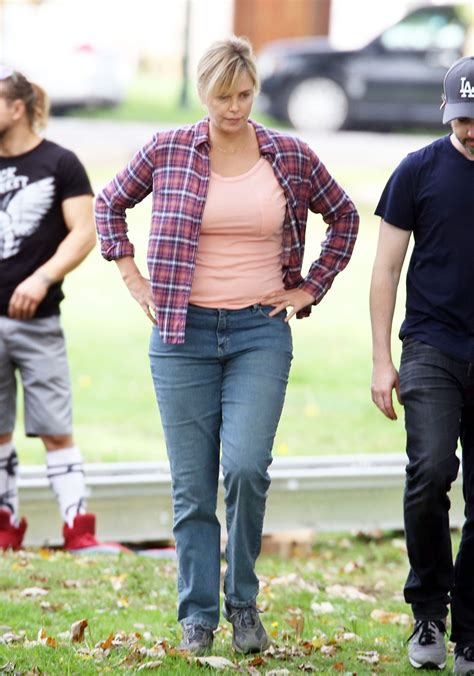 Charlize Theron   On the set of  Tully  in Vancouver 9/26 ...