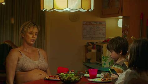 Charlize Theron protagoniza nuevo tráiler de 'Tully', la ...