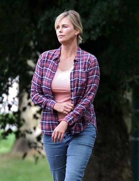 Charlize Theron reveals fuller figure on set amid reports ...