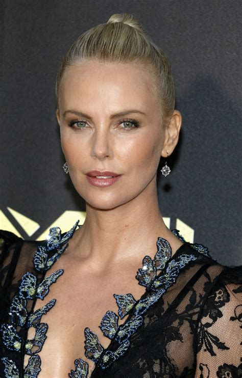 Charlize Theron V Magazine #101 Photoshoot