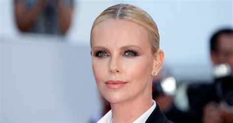 Charlize Theron's Monster Weight Gain & Loss: Her Diet ...