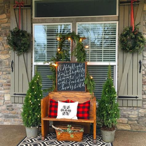 Christmas Decorating Ideas For Small Porches ...