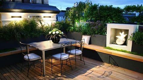 Claves esenciales para decorar un patio o terraza pequeña ...