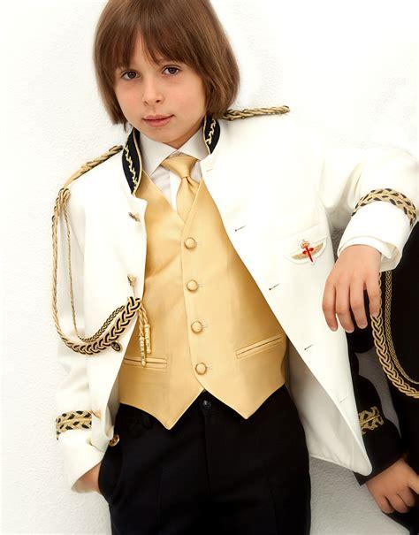 Colección de trajes de comunión Novadrima   Chic&chic