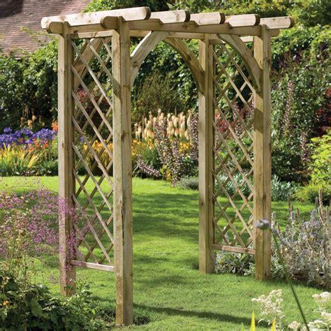 Cómo construir una pérgola en jardines, terrazas y patios ...