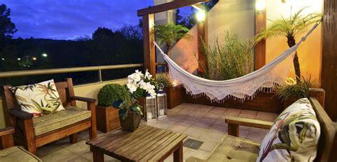 Cómo crear patios rústicos en el hogar