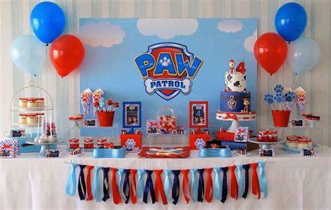Cómo decorar un cumpleaños de la Patrulla Canina