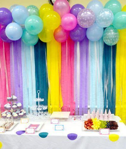 Como decorar una fiesta infantil con papel crepe economico