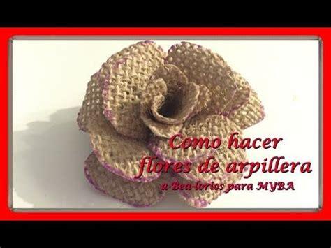 Cómo hacer flores de arpillera de yute. Flores de tela de ...